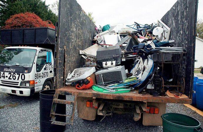 Junk Hauling-Beaumont Dumpster Rental & Junk Removal Services-We Offer Residential and Commercial Dumpster Removal Services, Portable Toilet Services, Dumpster Rentals, Bulk Trash, Demolition Removal, Junk Hauling, Rubbish Removal, Waste Containers, Debris Removal, 20 & 30 Yard Container Rentals, and much more!